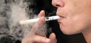 e-cig-come-le-sigarette-tradizionali-torna-divieto-nei-luoghi-pubblici.jpg