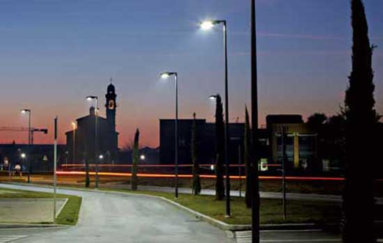 Affidamento di servizi di pubblica illuminazione: