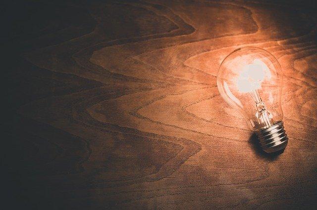 energia-aumento-prezzi-bollette-le-previsioni-dellarera